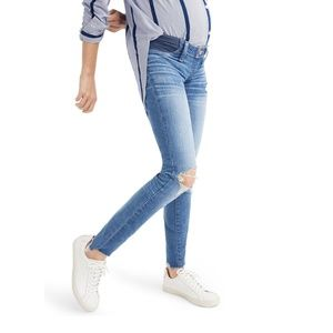 Madewell Jeans - Maternity Madewell Knee Rip Skinny Jeans
